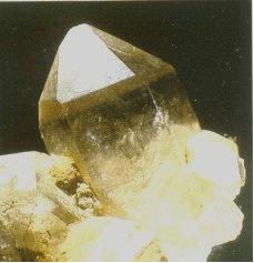 Bergkristallen zijn in de omgeving van de Vierwaldstättersee genoeg te vinden. Vooral in het Maderanertal.