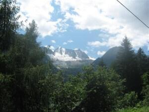 In de omgeving van het Val di Non kom je veel hoge bergen tegen.